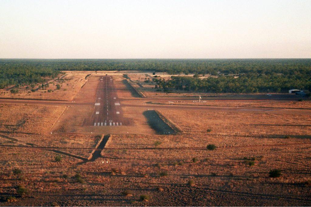 airport16 1 1024x683 - Аэропорт Трепелл Австралия коды ICAO: YTEE