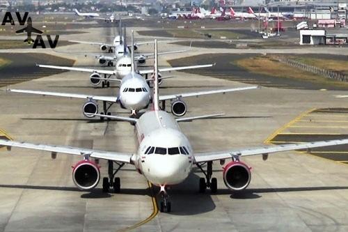 Главный аэропорт Бомбея установил новый мировой рекорд по количеству взлетов-посадок