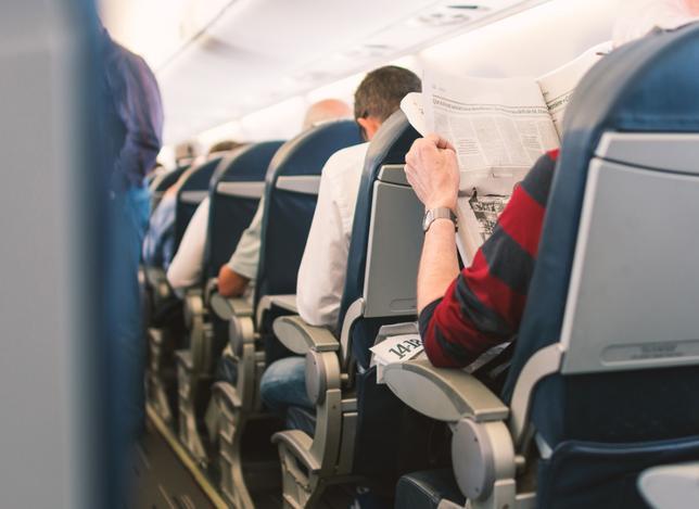 htmlimage - 3 кресла, 6 рук и всего 4 подлокотника. Битва локтей в самолетах
