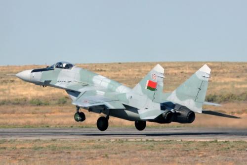 Россия продолжит передавать Сербии самолеты