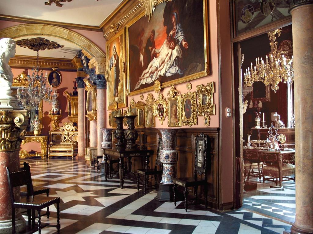 museo cerralbo madrid all year 1024x768 - Адольфо Суарес Аэропорт Мадрид-Барахас