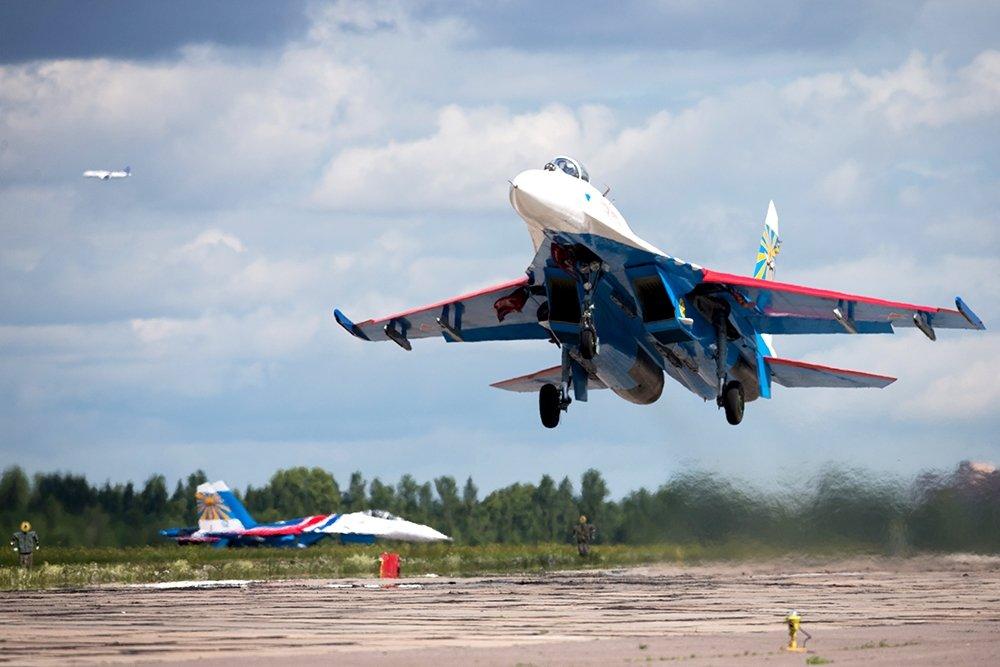 su 27 - Истребители Су-27: учения над Калининградом