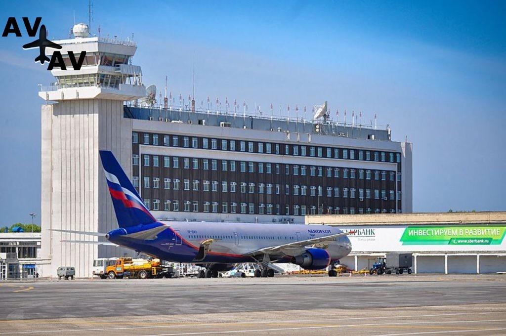 В аэропорте Хабаровска повысили тарифы на автопарковку
