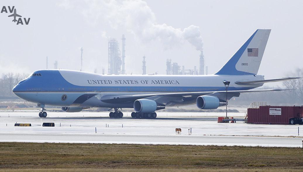 1487493055 - 16 частных самолетов, которыми владеют наши любимые знаменитости