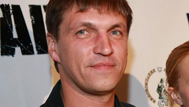 1507680734 - Актер Дмитрий Орлов устроил сцену в самолете