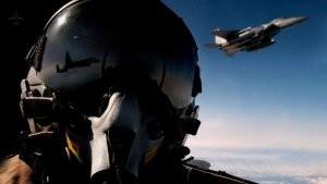 20171117 E31CDBBFF58B2706 0 0 638AF909 3ED368B19DB309CB - В небе над США пилоты самолета изобразили неприличный рисунок
