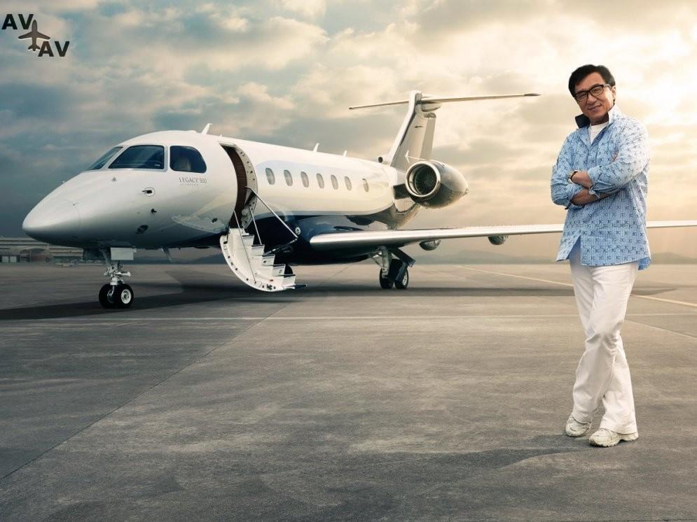 6a62d56b4800e4011a 47030033 - 16 частных самолетов, которыми владеют наши любимые знаменитости