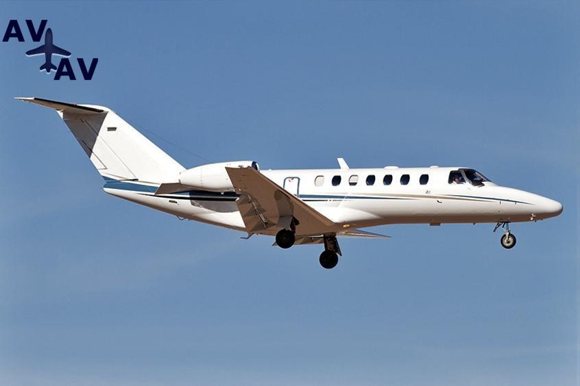 Cessna C525 Citation CJ3 PrivateFly AA9977 - Charter a Cessna C525 Citation CJ3 - Аренда
