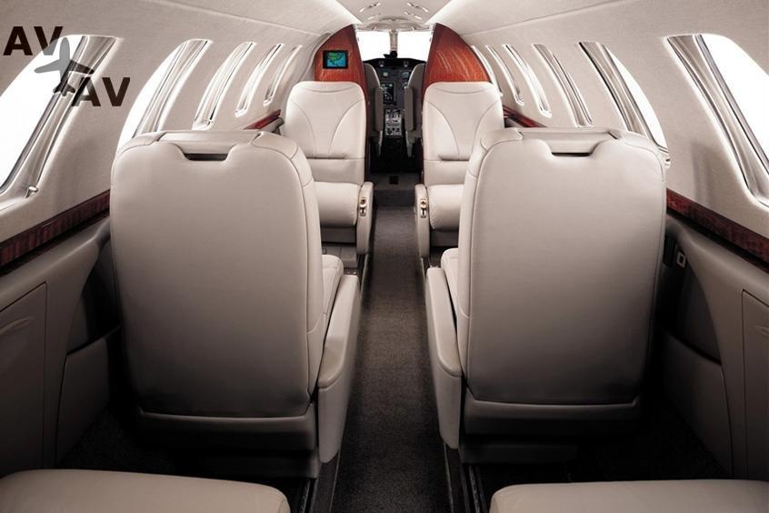 Cessna C525 Citation CJ3 PrivateFly AA9978 - Charter a Cessna C525 Citation CJ3 - Аренда