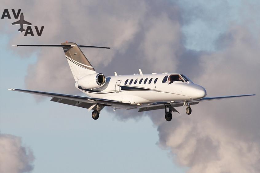 Cessna C525 Citation CJ3 PrivateFly AA9981 - Charter a Cessna C525 Citation CJ3 - Аренда