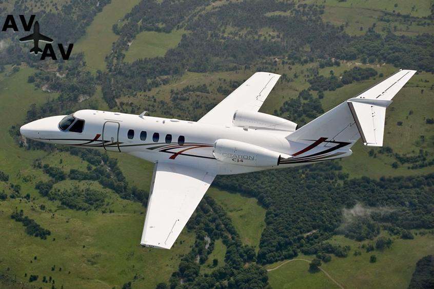 Cessna C525 Citation CJ4 PrivateFly AA9982 - Charter a Cessna C525 Citation CJ4 - Аренда