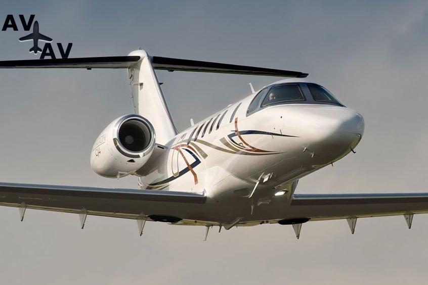 Cessna C525 Citation CJ4 PrivateFly AA9984 - Charter a Cessna C525 Citation CJ4 - Аренда