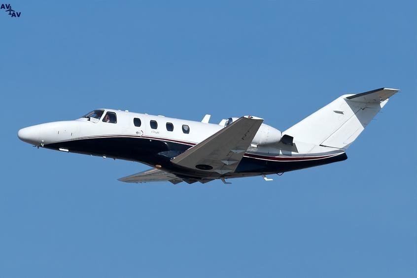 Cessna C525 Citation PrivateFly AA9964 - Charter a Cessna C525 Citation - Аренда