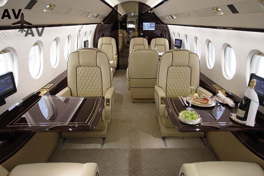 Falcon 2000LX PrivateFly AA9714 - Charter a Falcon 2000LX - Аренда