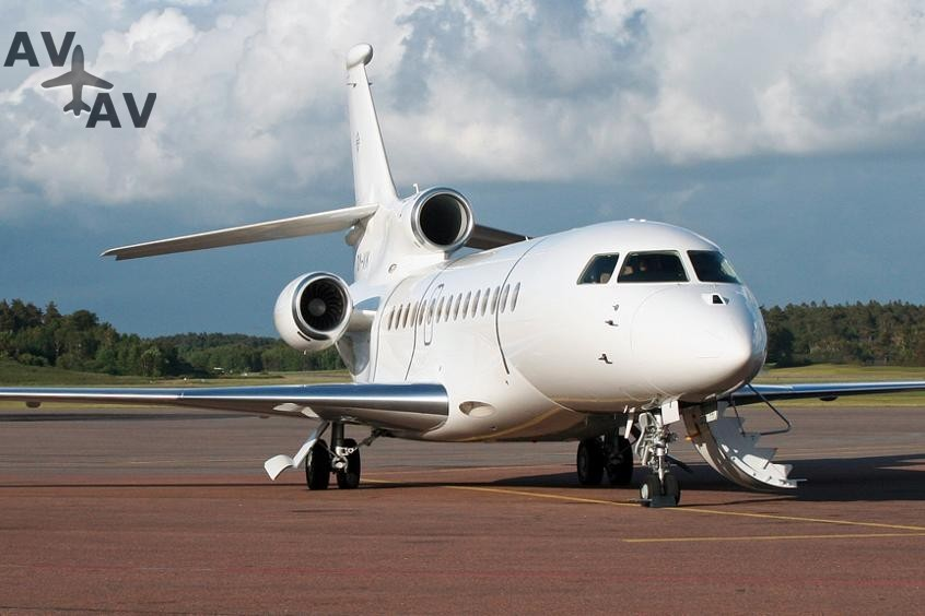 Falcon 7X PrivateFly AA9727 - Charter a Falcon 7X - Аренда