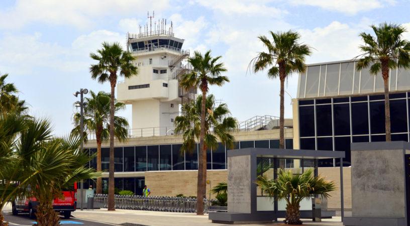 Fotolia 68844669 Subscription Monthly M 816x450 - Международный аэропорт Тенерифе имени Королевы Софии - Южный - GCTS - TFS - Reina Sofia