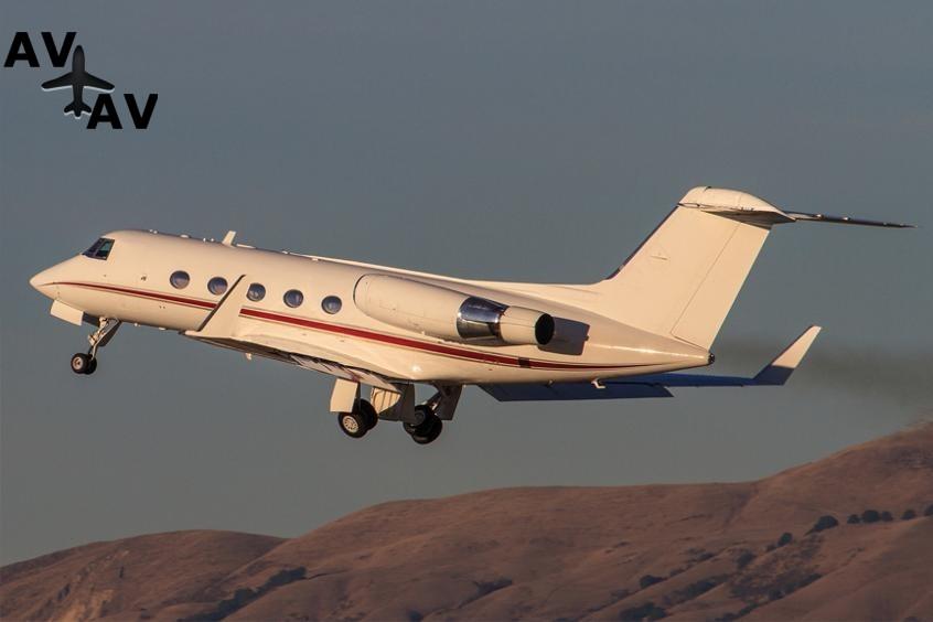 Gulfstream G2 PrivateFly AA9847 - Charter a Gulfstream G2 - Аренда