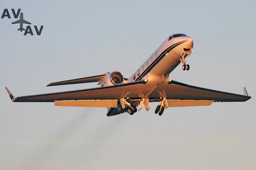 Gulfstream G300 PrivateFly AA9832 - Charter a Gulfstream G300 - Аренда
