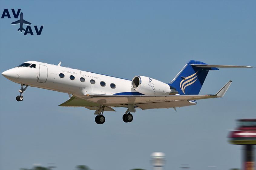 Gulfstream G300 PrivateFly AA9836 - Charter a Gulfstream G300 - Аренда