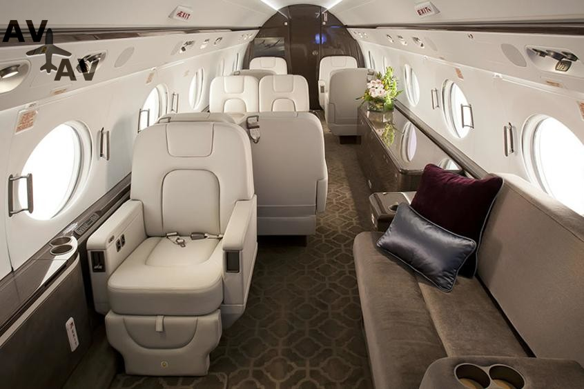 Gulfstream G550 PrivateFly AA9583 - Charter a Gulfstream G550 - Аренда