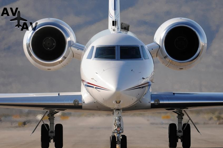Gulfstream G550 PrivateFly AA9585 - Charter a Gulfstream G550 - Аренда