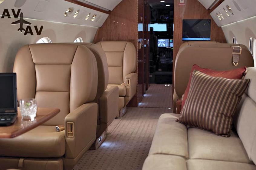 Gulfstream G550 PrivateFly AA9586 - Charter a Gulfstream G550 - Аренда