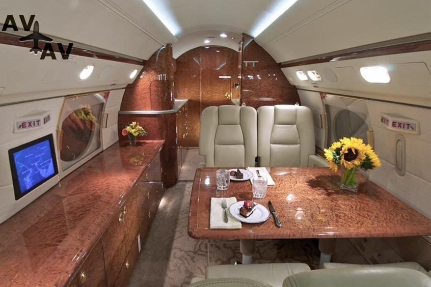 Gulfstream GIV PrivateFly AA9815 - Charter a Gulfstream GIV - Аренда