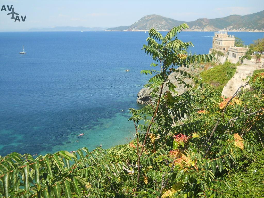 Sredizemnomorskie prelesti ostrova Kapri - Средиземноморские прелести острова Капри