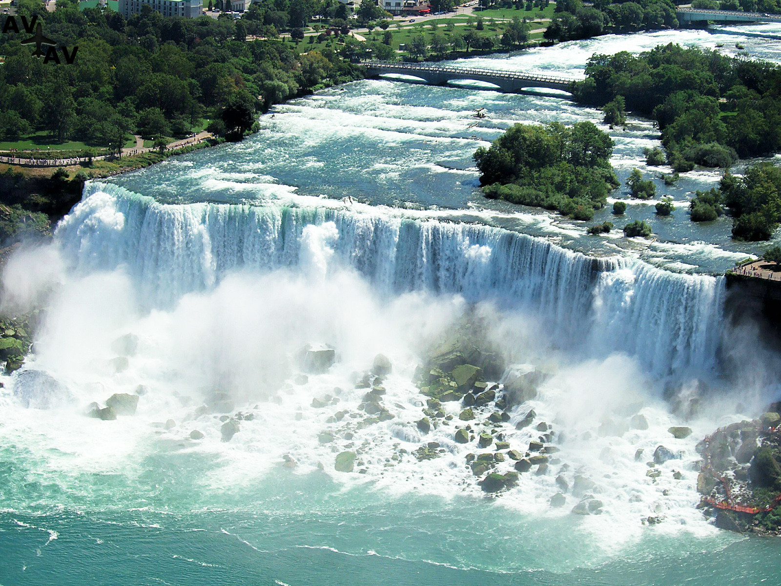 Taynyi vodopadov mira - Тайны водопадов мира
