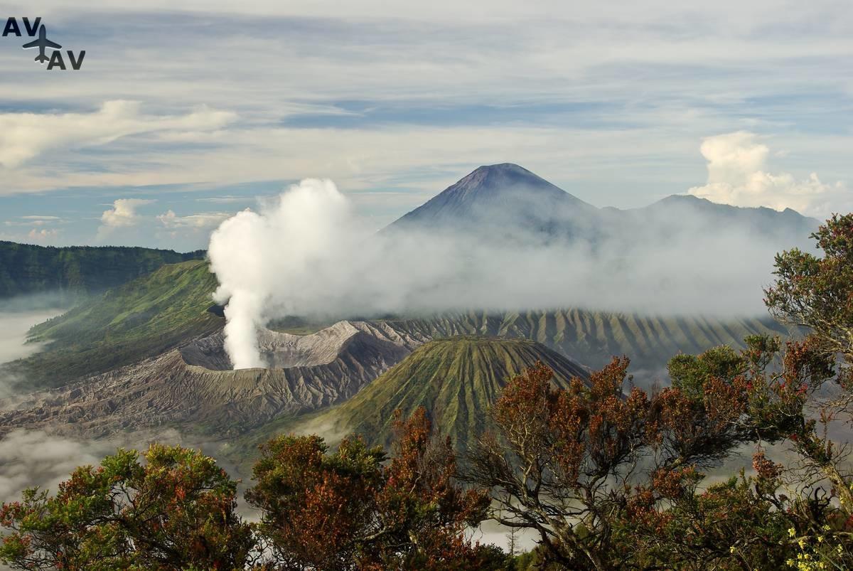 Velichie indoneziyskogo vulkana Bromo - Величие индонезийского вулкана Бромо