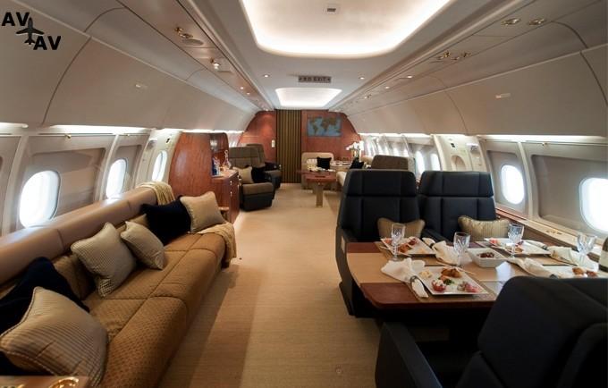 airbus 318 elite salon 1404481756 - Частный самолет без иллюминаторов может стать будущим мировой авиации