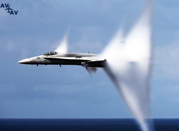 supersonic plane - СверхзвуковойсамолёттестируетсянадАвстралией