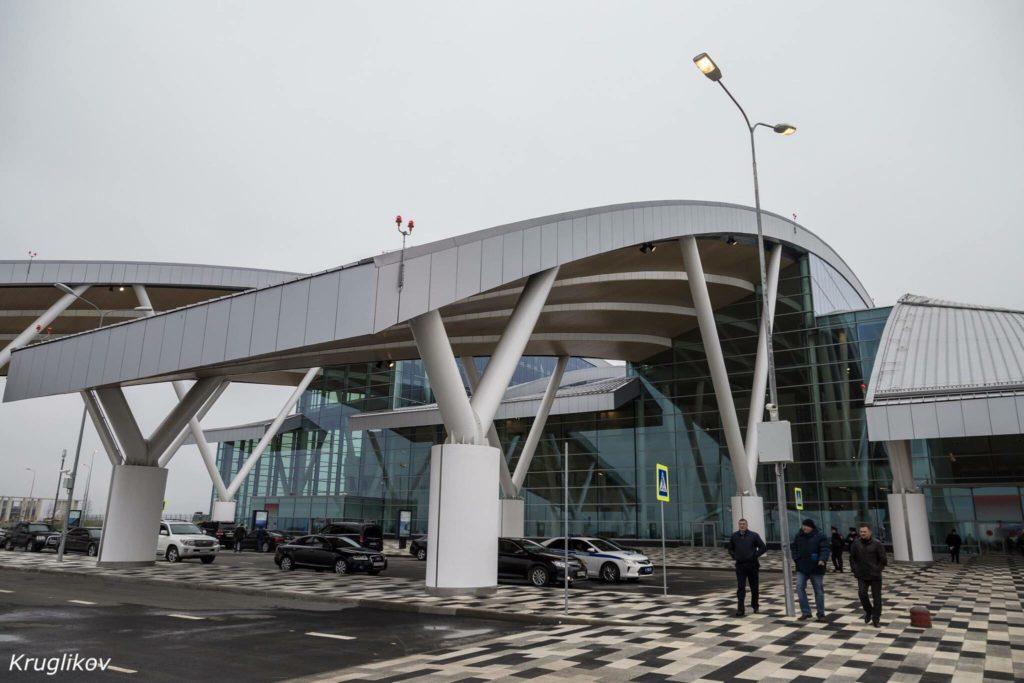 25991411 1515327208585906 706988466 o 1024x683 - Аэропорт «Платов» расширит втрое парковочную стоянку