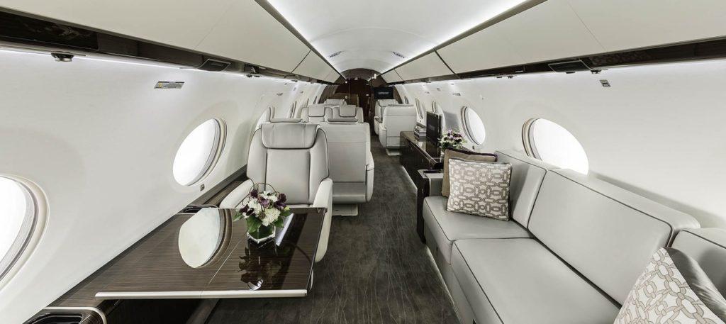 9DChCF2BHvU 1024x457 - Перелеты бизнес класса: эволюция рынка самолетов