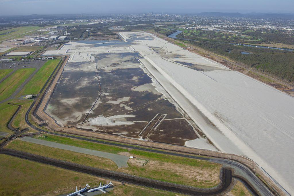 Brisbane Airports New Parallel Runway site Dec 2014 1024x683 - Аэропорты Остров святой Елены