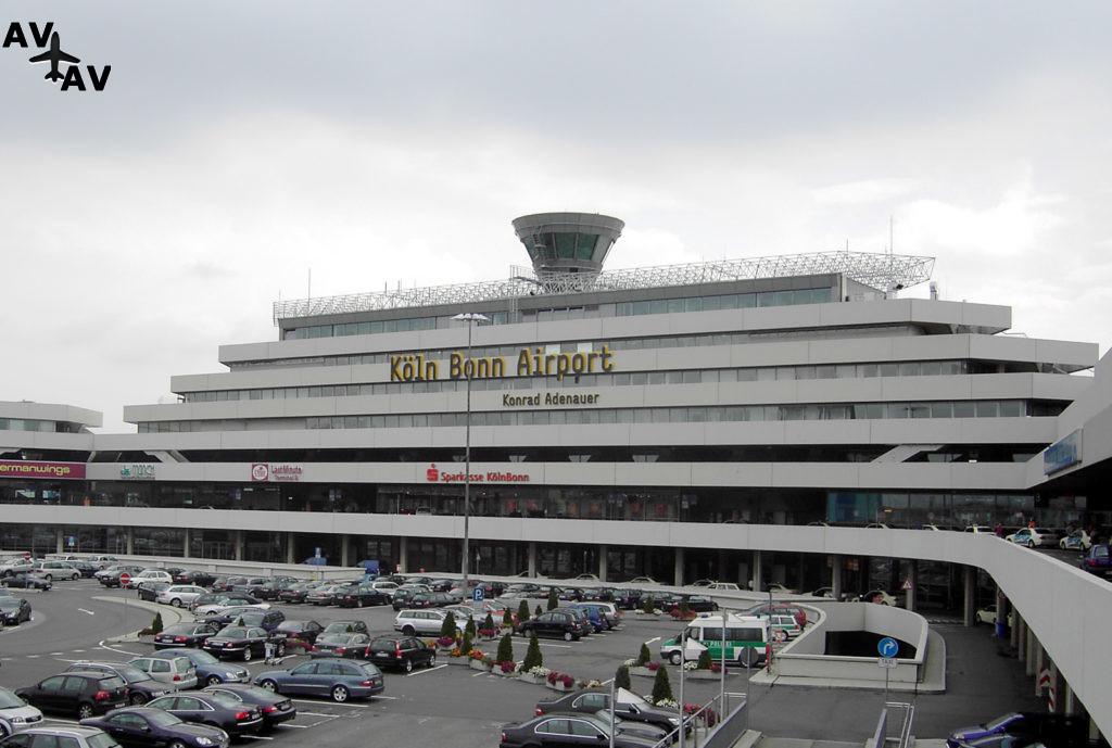 CGN Terminal1 1024x689 - Аэропорт Кельн/Бонн временно не принимает самолеты