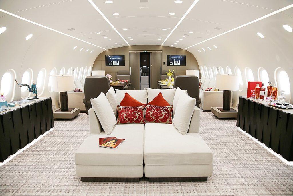 G2F171AbZNA 1024x683 - Самый дорогой частный самолет в мире