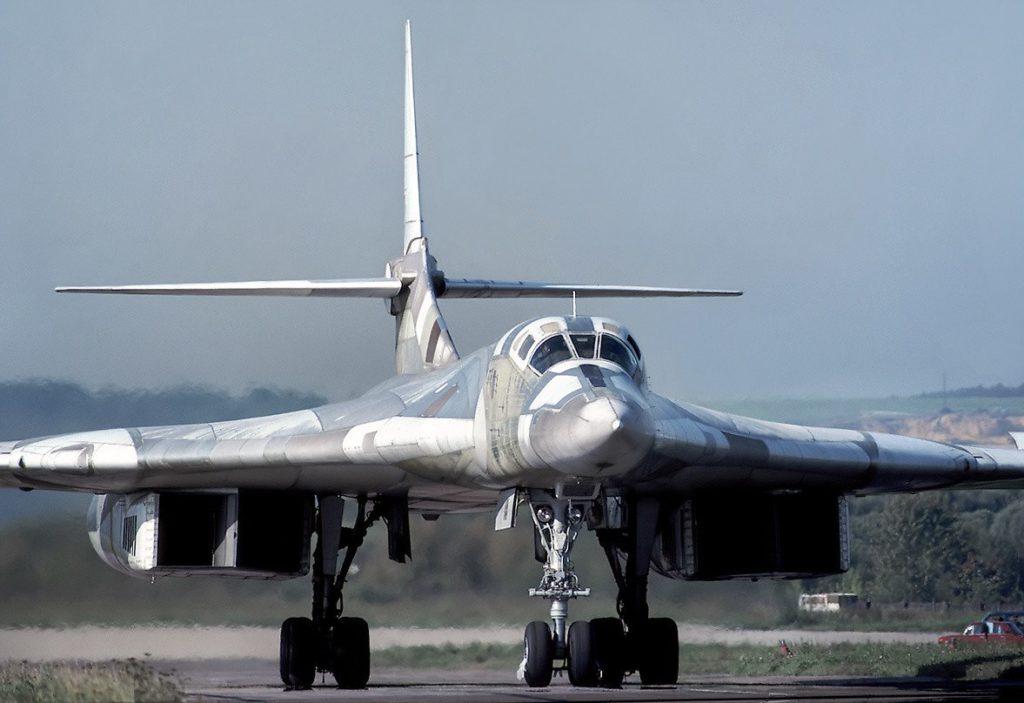 Nhi9CiiS0jU 1024x703 - Российские авиалинии нуждаются в тридцати сверхзвуковых самолётах