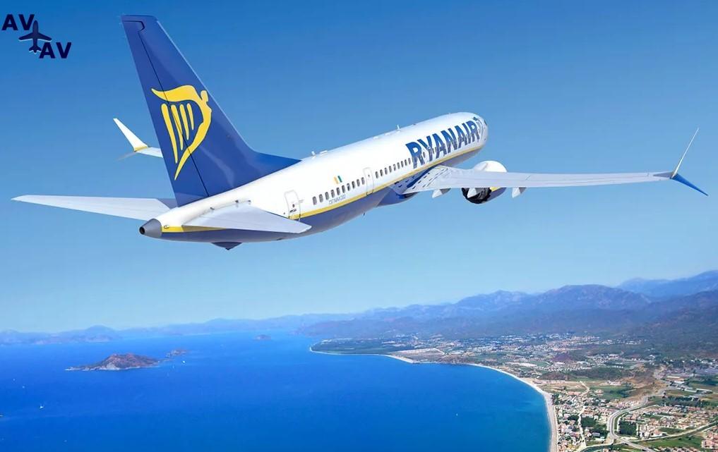 Ryanair - Пассажир пытался покинуть самолет авиакомпании Ryanair через аварийный выход