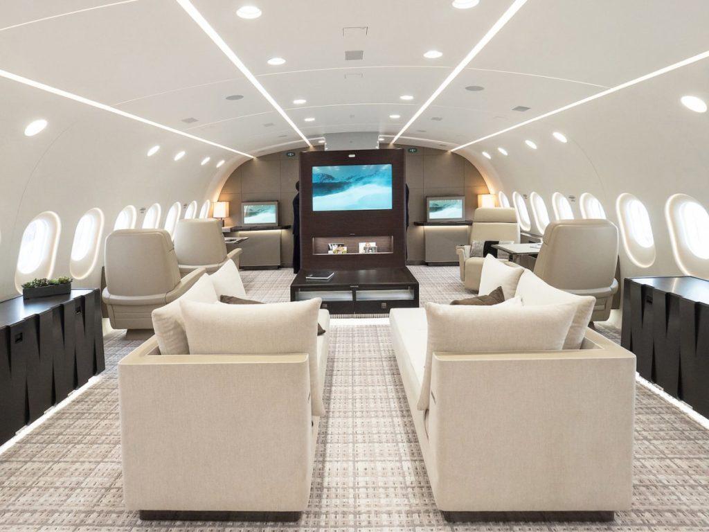WIddEY8 yNs 1024x768 - Самый дорогой частный самолет в мире