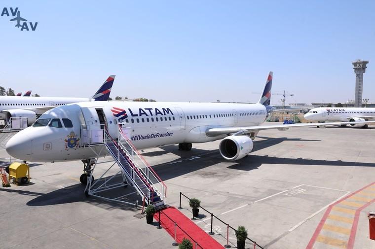 Latam представляет самолет, предназначенный для перевозки Папы Римского