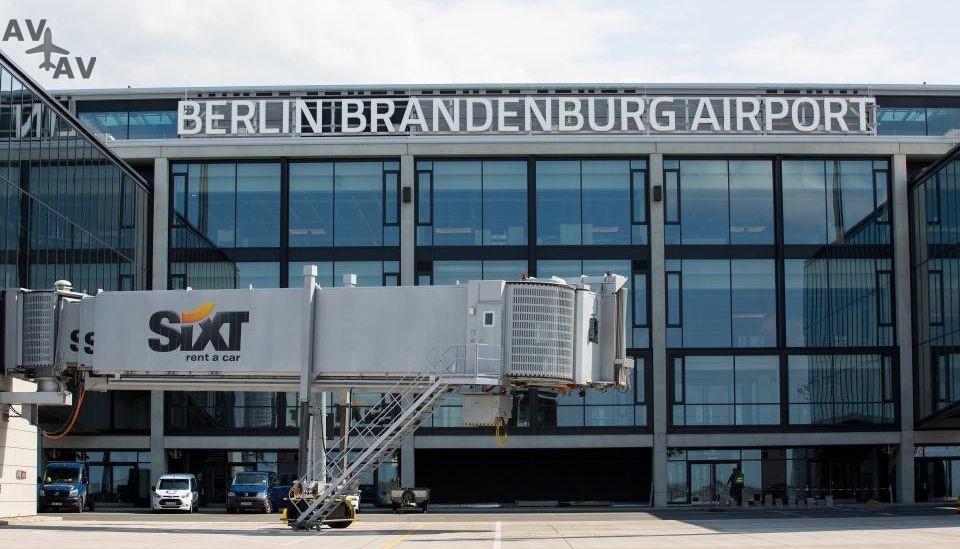 ber - На строительство нового аэропорта в Берлине не хватает миллиард евро