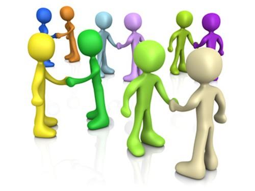 colored people shaking hands 1 1508323528 - Как выбрать брокера для продажи частного самолета