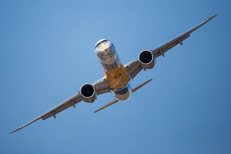 embraer e2 7 free big - Новый самолет Embraer показал лучшие характеристики, чем расчетные