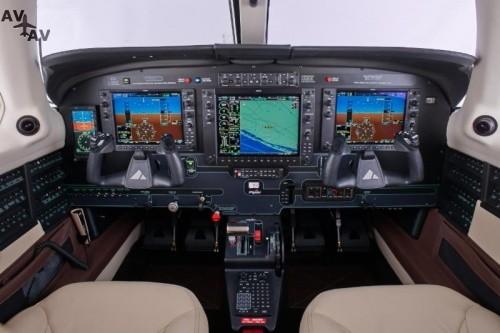 m500 interiors 16947.iiq .p - Новая авионика для Piper M350 и M500
