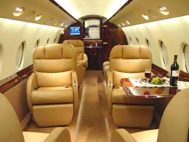 3 4 - Чего ожидать от аренды частного самолета