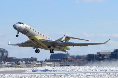 8454 - Пятый прототип Global 7000 Masterpiece  поднялся в воздух