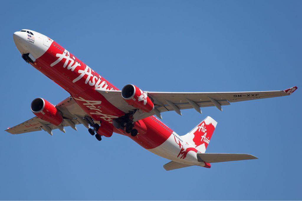 AirAsia X Airbus A330 300 Nazarinia 2 1024x683 - Лайнер авиакомпании AirAsia X совершил вынужденную посадку