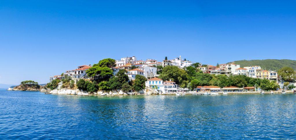 Fotolia 165606904 Subscription Monthly M 1024x485 - Отдых в Греции - билеты и туры в Грецию