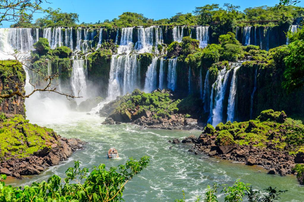 Игуасу, Аргентина. Iguazu falls view from Argentina
